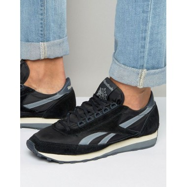 REEBOK AZTEC TRAINERS IN BLACK - AR0212